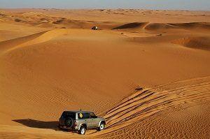 guida su sabbia
