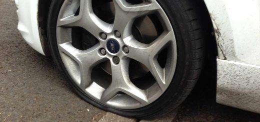 manutenzione degli pneumatici per non bucare